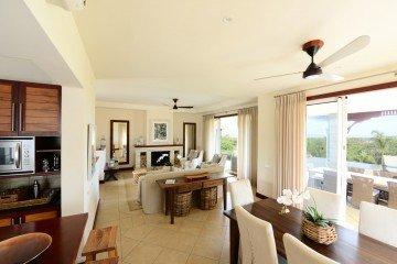 4 Bedroom Pool Villa (350-450 m²)
